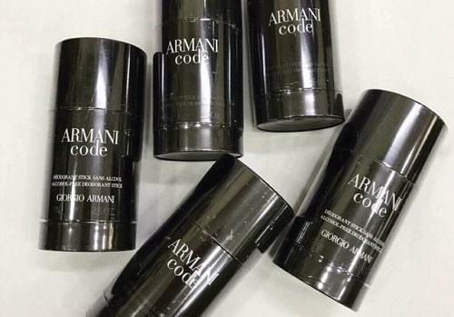 Lăn khử mùi Armani Code có ưu điểm gì nổi bật-1