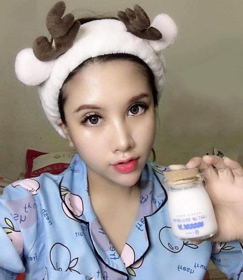 Kem dưỡng Garsia Made Light Up Tofu Cream giá bao nhiêu-3