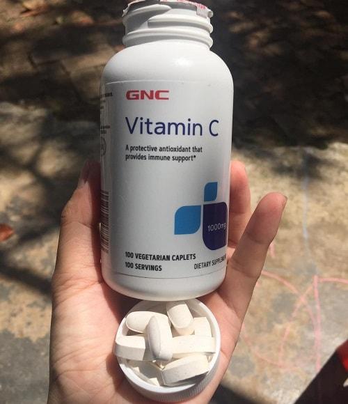 Viên uống vitamin C 1000mg GNC giá bao nhiêu-2