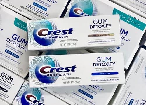 Kem đánh răng Crest Gum Detoxify có tốt không-1