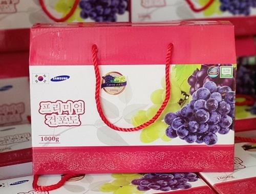 Nho khô Hàn Quốc hộp 1kg review-2